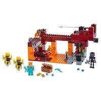 LEGO Minecraft - A Ponte Flamejante, 372 Peças - 21154