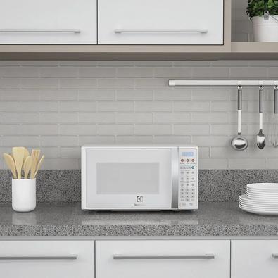 Micro-Ondas com Função Tira Odor, Electrolux, 20L, 220V - MTO30
